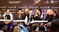 Video: Eric Saade sings Popular at press conference