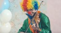 Alexander Rybak as clown