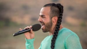 Slavko does South Africa for the Judges' House stage of The X Factor